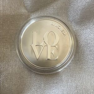 Mi Moneda Coin Pendant - Love/Dreamcatcher